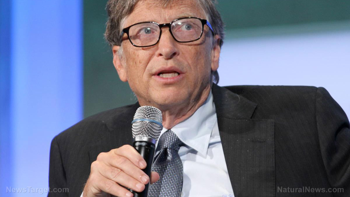 This image has an empty alt attribute; its file name is Editorial-Use-Bill-Gates-Microphone.jpg